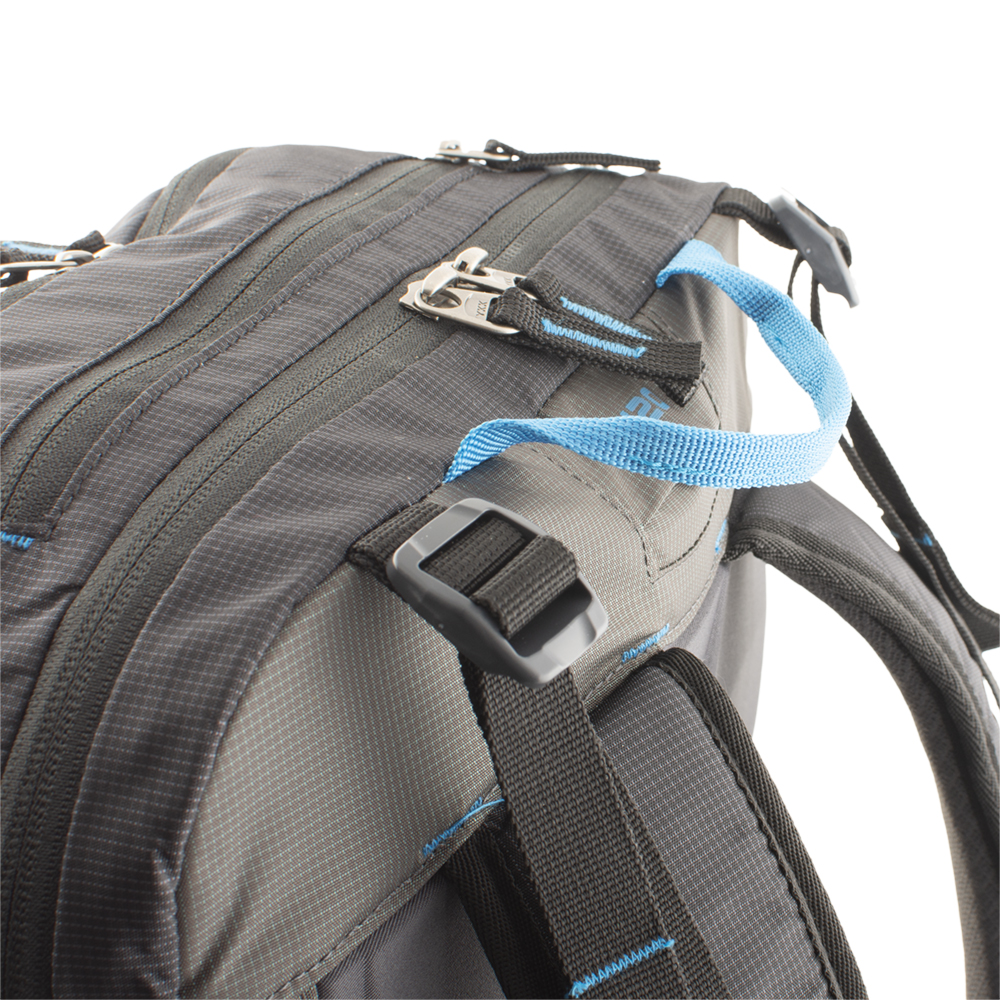Balance straps at the top of the shoulder straps and hip strap for a perfect fit of the backpacks.
