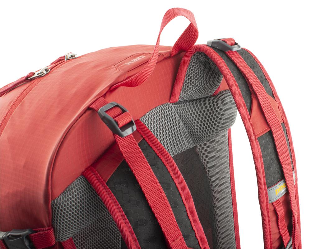 Balanční popruhy v horní části ramenních popruhů pro dokonalé usazení batohu na zádech.