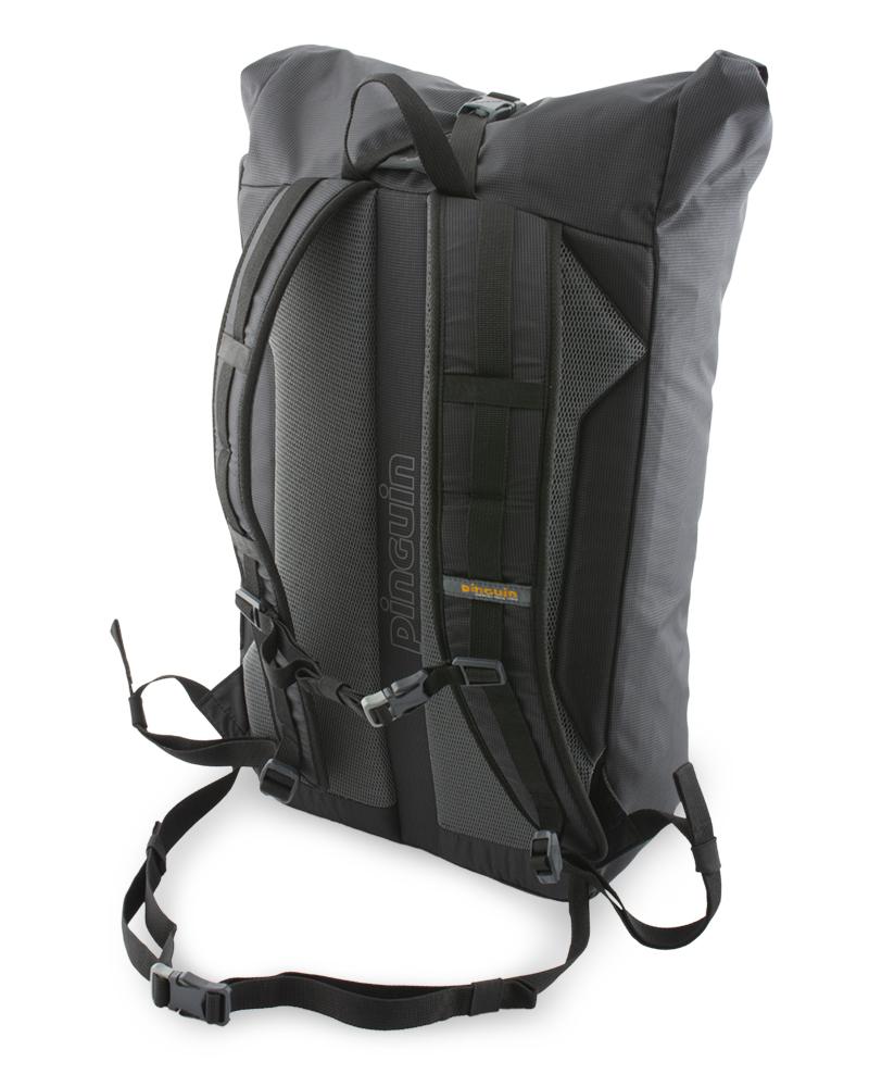 Commute 25 - Adjustable and detachable chest strap.