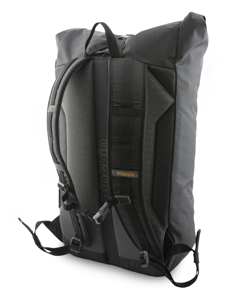Commute 25 - Possibility to hide the hip strap to the backpack's back system.