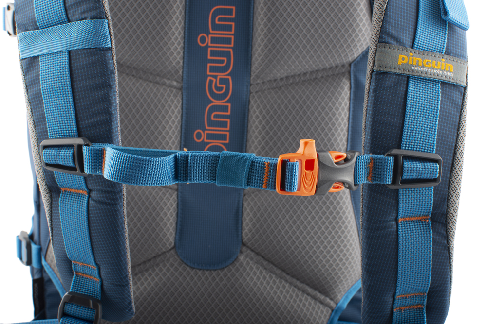 Attack 45 - Height adjustable and detachable chest strap with emergency whistle.