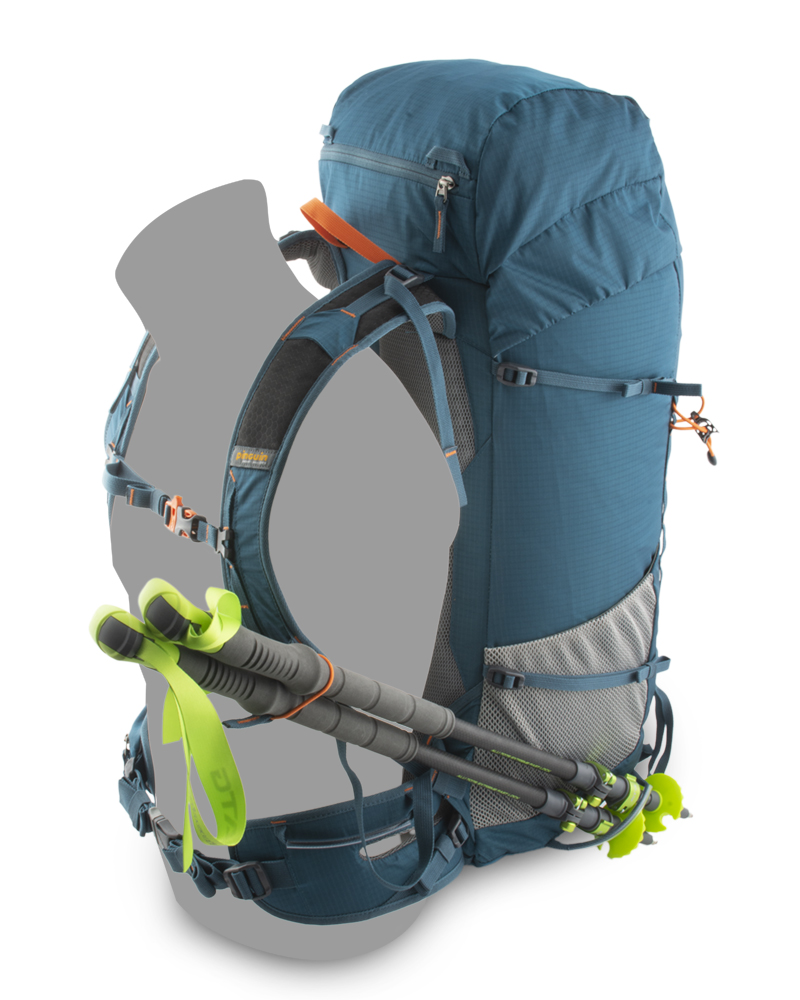 Fly 30 petrol - Loops for attaching trekking poles while walking on the left shoulder and under the left mesh pocket.