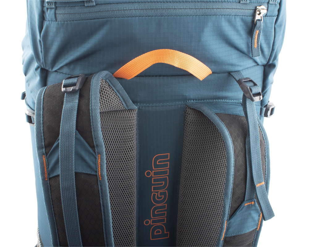 Fly 30 petrol - Balance straps on the upper part of the shoulder straps and on the sides for perfect fit of the backpack on the back and elimination of its movement while walking or running.