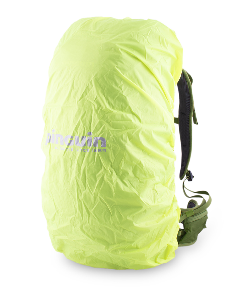 Trail 42 green - A distinctive raincoat in a separate zip pocket on the bottom of the backpack.