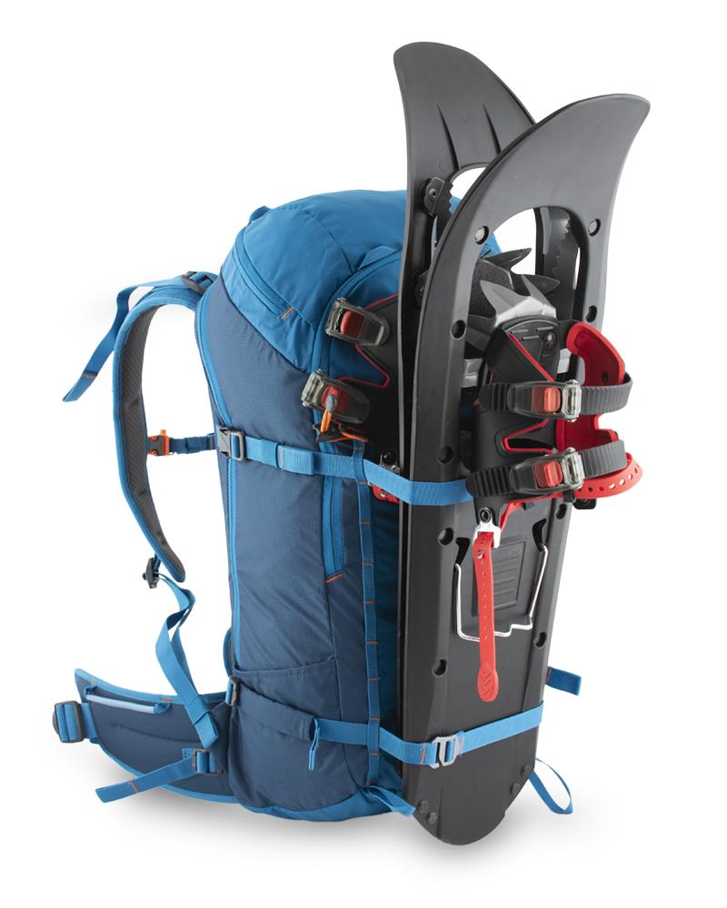 Ridge 28 petrol - možnost čelní fixace snowboardu nebo sněžnic horizontálními popruhy