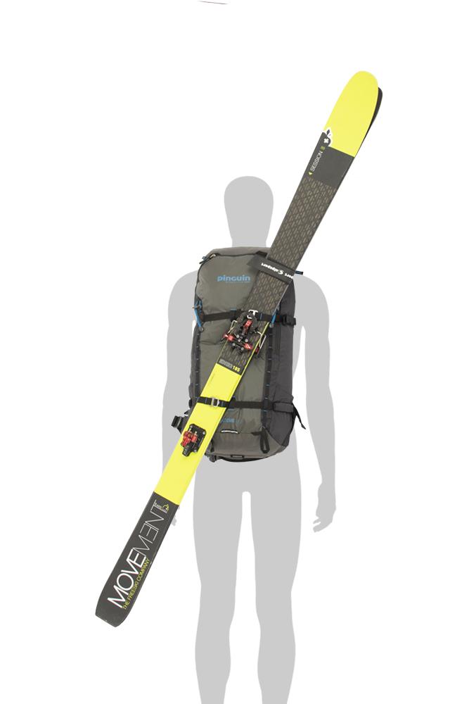 Ridge 28 black - odolné kovové háčky a Hypalonem podložená poutka na čele batohu k diagonální fixaci lyží