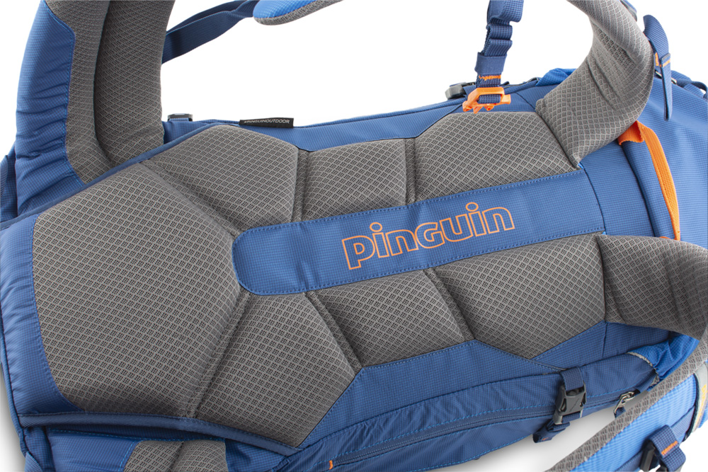 Boulder 38 blue - The comfortable, sewn 3D mesh Back System with breathable fabric cushions ensures efficient back ventilation while maintaining optimum load distribution.