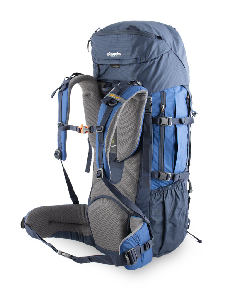Explorer 100 navy - Spacious zippered side pockets for easy access to food, gloves or a jacket.